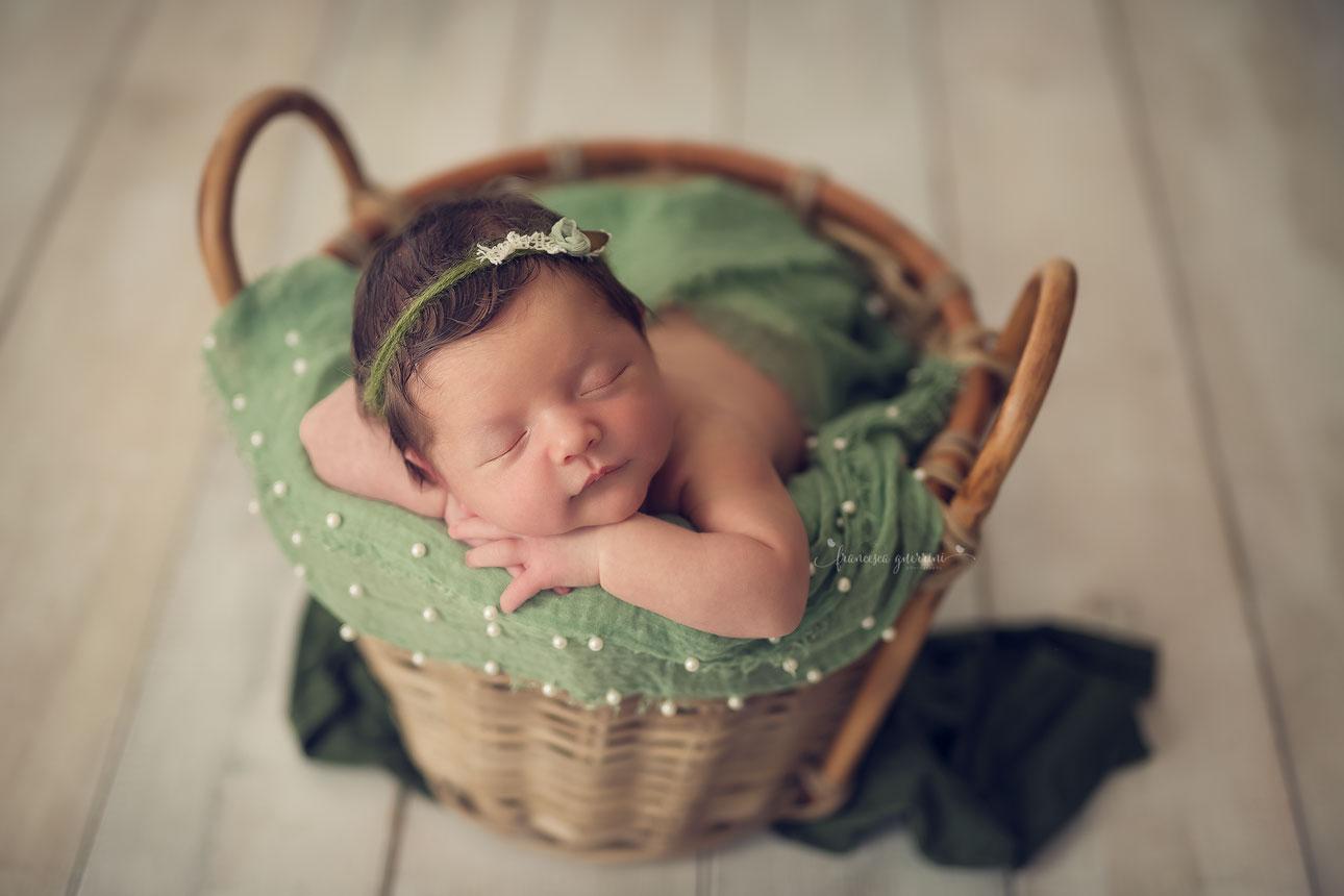 francesca-guerrini-foto-neonati-gravidanze-mentoring-newborn-firenze-prato-pistoia-pisa-siena-lucca
