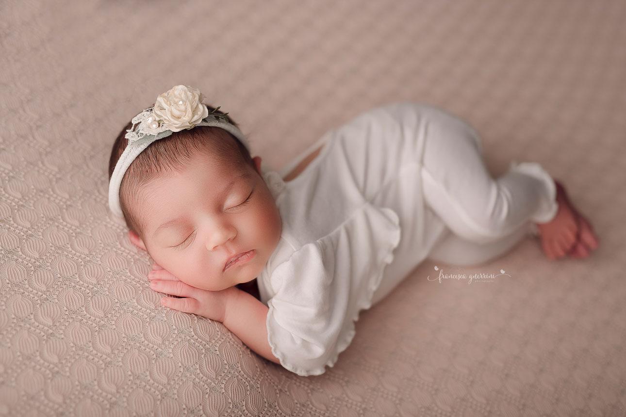 francesca-guerrini-foto-neonati-gravidanze-bambini-newborn-firenze-mentoring